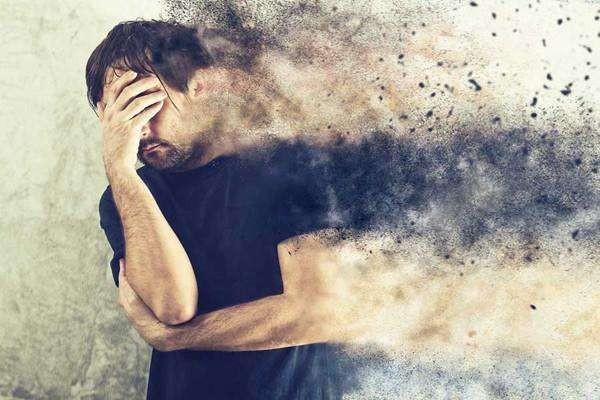 孩子得了抑郁症,家长需要经历哪些阶段?