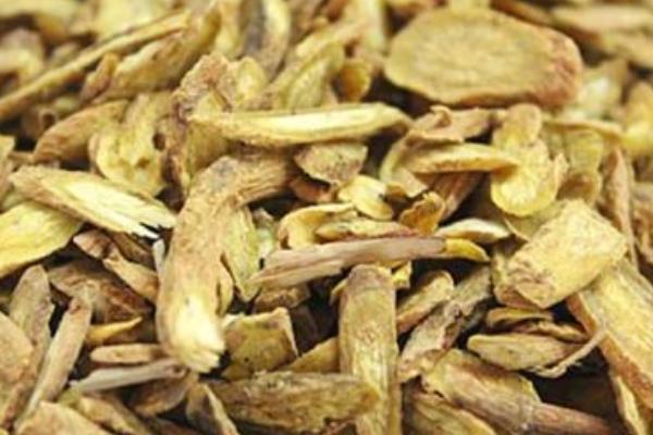 黄芩汤;黄芩的功效与作用及禁忌 哪些人适宜食用黄芩