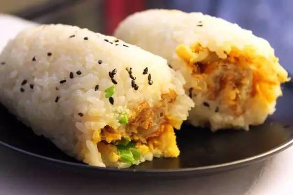 为什么日本的饭团普遍到每一个便利店都有,而中国却基本不吃这种饭团?