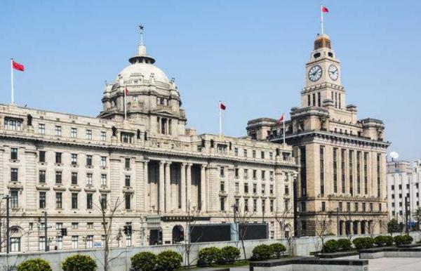大钟;上海外滩的大钟叫什么名字??