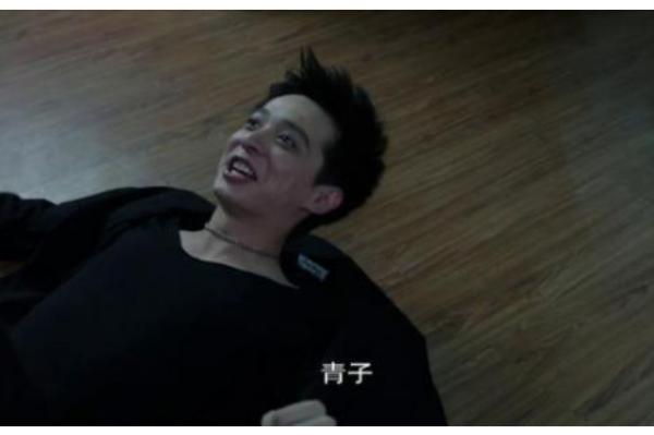 「世界上的灵异事件视频」谁有一伙香港人真实拍下来世界各大灵异事件真实记录视频?