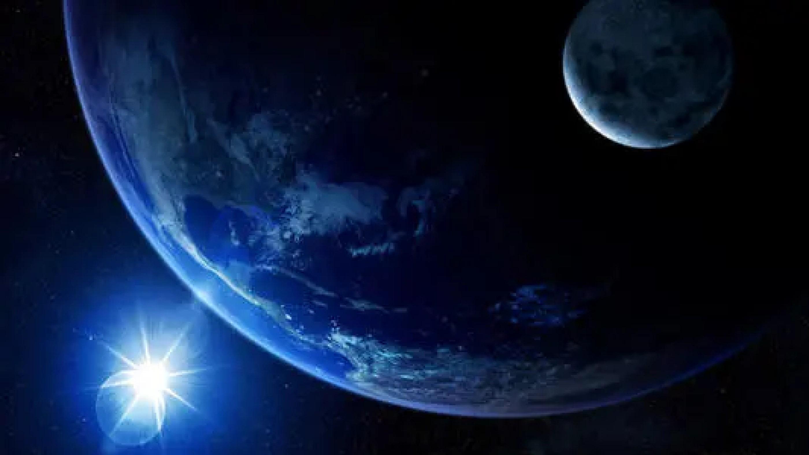 太阳巨大能量,为啥晒不热太空,到了地球却温暖万物?的头图