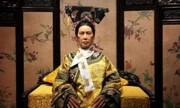 慈禧出逃时,陕西女首富周莹曾资助了她,慈禧后来怎样报答她的?