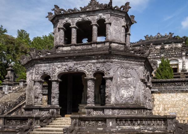 「顺治皇帝的墓地图片」顺治皇帝的陵墓地宫有人进去过吗
