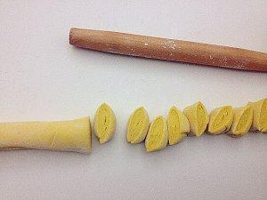 这才是南瓜最好吃的做法,香甜可口,层层松软,早餐怎么吃都不腻?