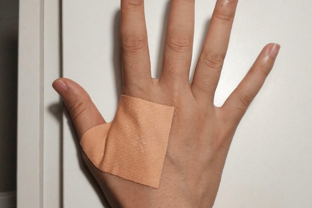医护用身体捂暖24袋救命血,医生的哪些小举动会让你泪目?