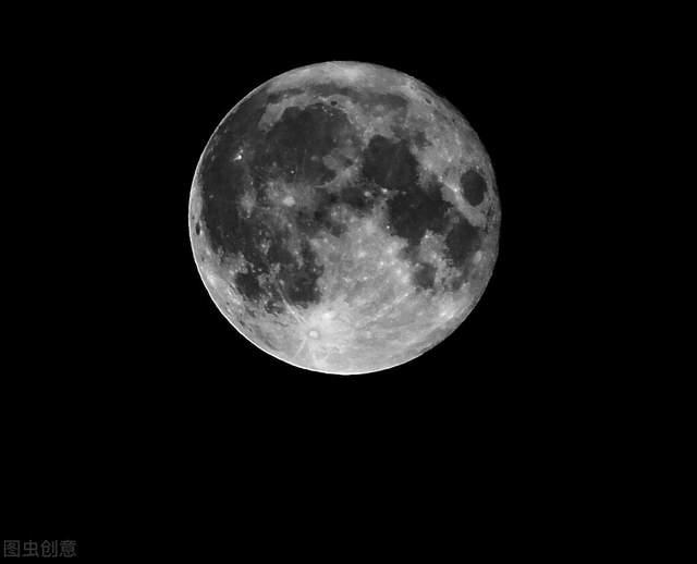 宇航员不怕牺牲,为何从月球回望地球,却总是感到无比恐惧?