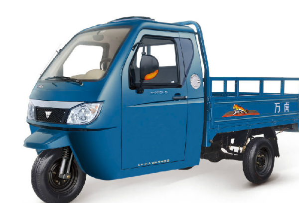 目前三轮车价格是多少?哪个品牌的更好一些?