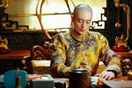 溥仪回故宫,被拦住要求买门票,说了什么让售票员十分为难?