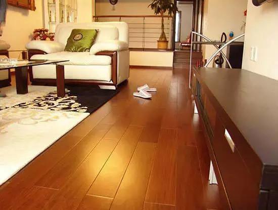 木地板下面铺什么,复合地板铺设流程是怎样的?