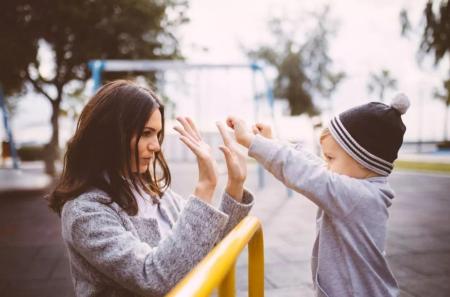 父母怎样做,才能让孩子更容易管教呢?