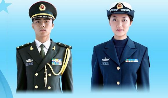 07式军服上的绶带有什么作用?什么级别的军官才能戴?佩戴分场合么?