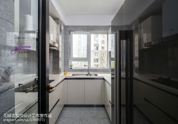 厨房用什么玻璃好?如何保养厨房玻璃门?
