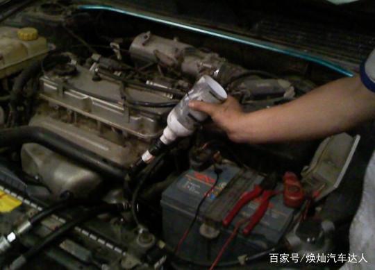 汽车变速箱油该多长时间更换一次?