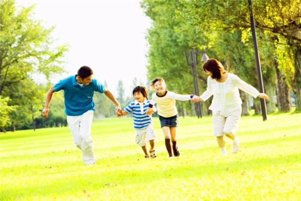 """孩子身上出现这4种""""异常"""",恰恰是进入了猛涨期,什么特征是孩子要长高的标志?"""