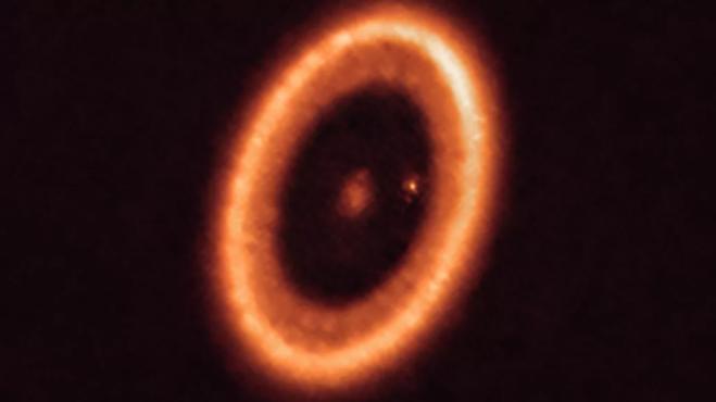 """科学家首次明确观测到""""行星盘"""",距离地球仅400光年?"""
