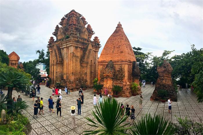 """越南版""""妈祖""""神庙,跟中国一样吗?"""